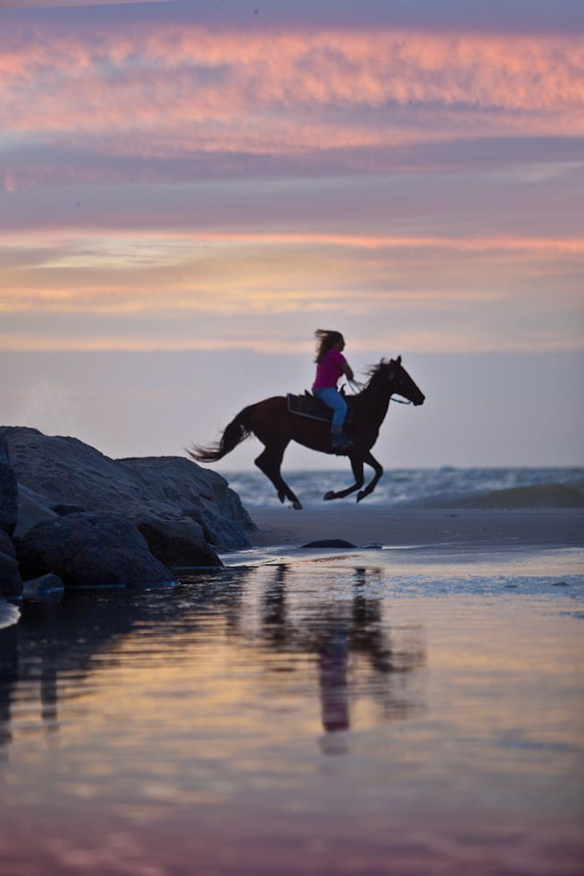 1_Surfside-canter-at-dawn