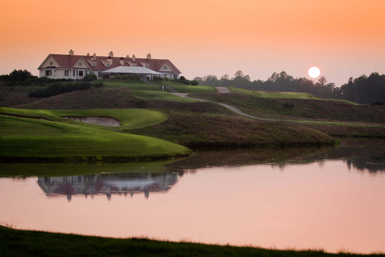 1_Royal-New-Kent-Golf-Course-Clubhouse-by-Terri-Aigner