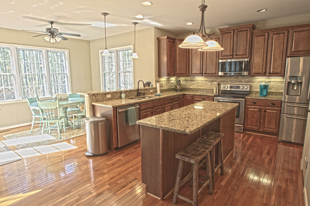 3454_Redtail_Ct_Terri_Aigner-kitchen2