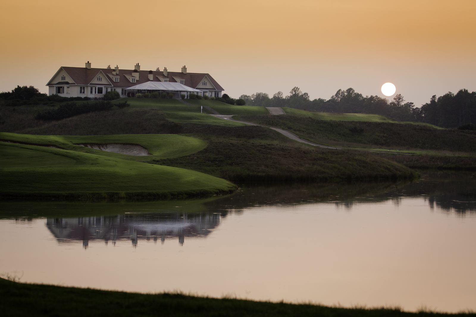 Royal-New-Kent-Golf-Course-Clubhouse-by-Terri-Aigner