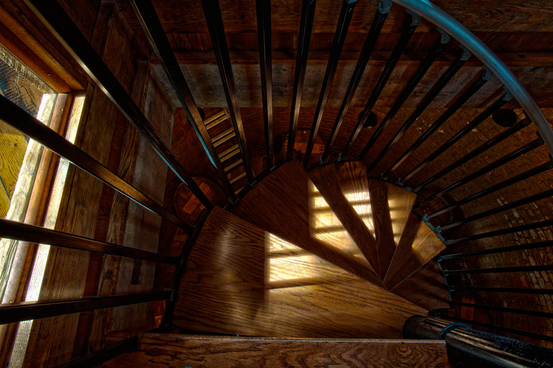 Spiral-staircase-icehouse12016-2