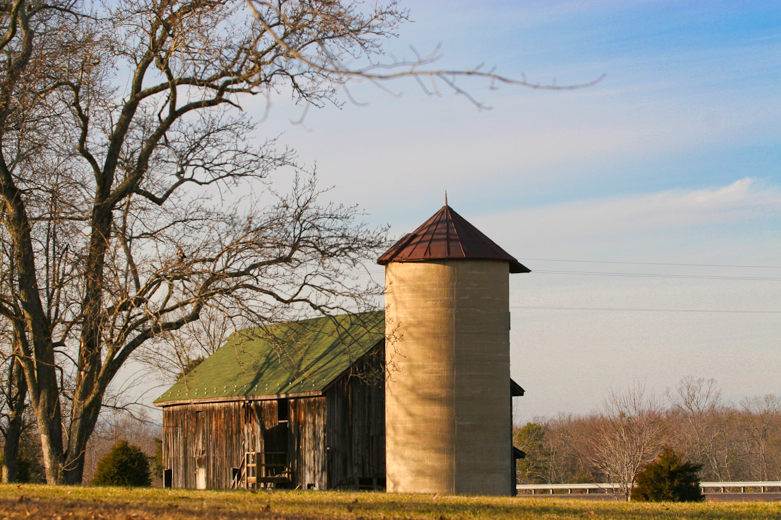 red-barn-silos-late-evening-dramatic-natural-light-1613-2