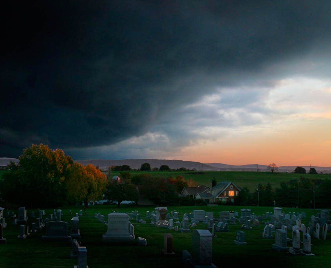 Menacing-storm-over-farmhouse-pennsylvania