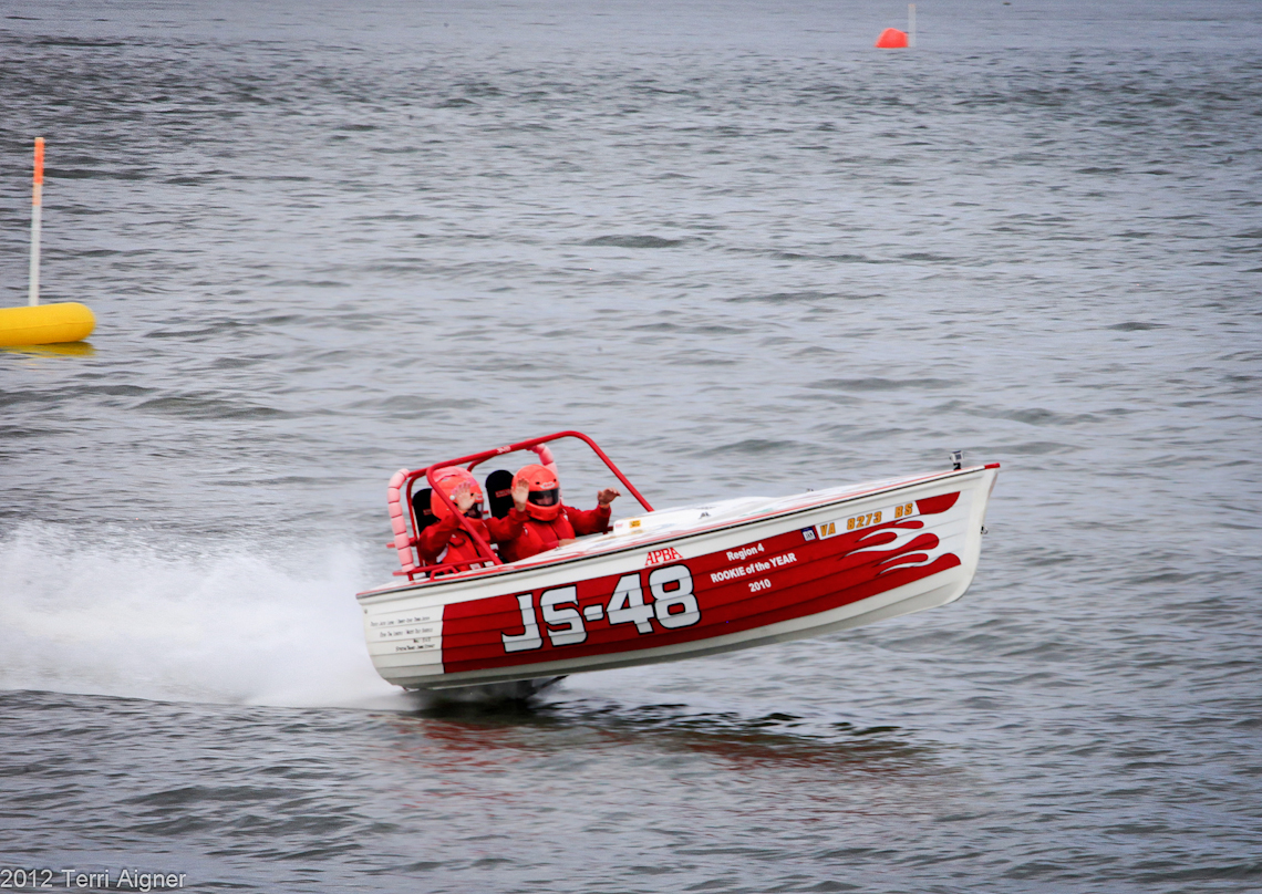 Hampton-Roads-Power-Boat-Race-August-2012-157