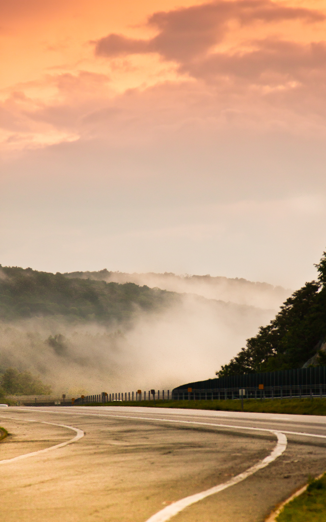 Misty-mountain-road-at-sunset12014-1165