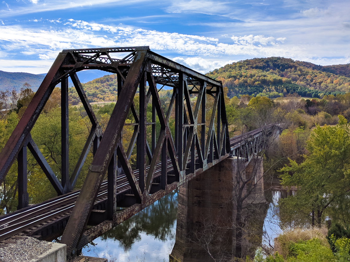 Railroad-trestle-over-james-river-rockbridge-cty-va-near-natural-bridge-IMG_20171028_112055-13