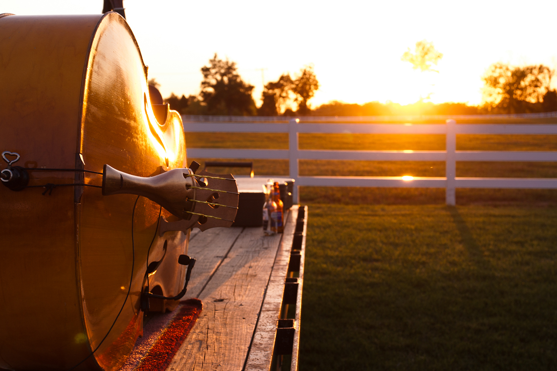 violin-in-sunset-5